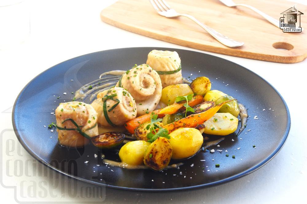 Lomos de lenguado en salsa velouté con verduras a la plancha