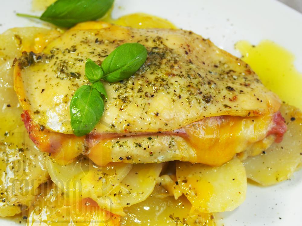 Pechugas de pollo al horno rellenas de jamón y queso  - Paso 4