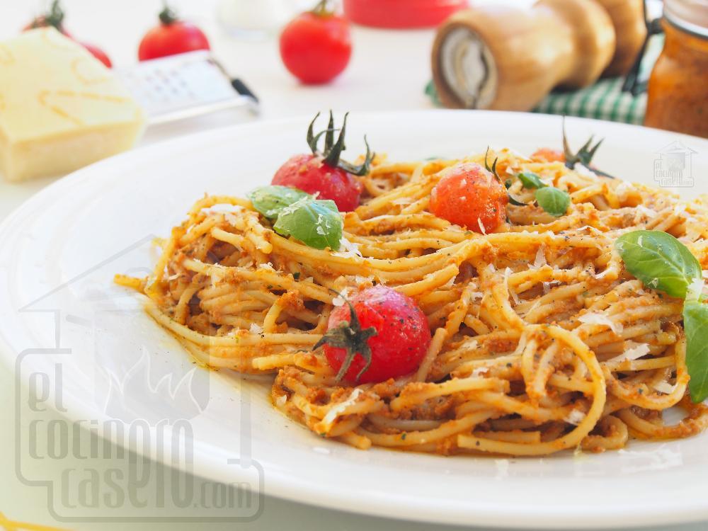 Spaghetti con pesto rosso - Paso 5