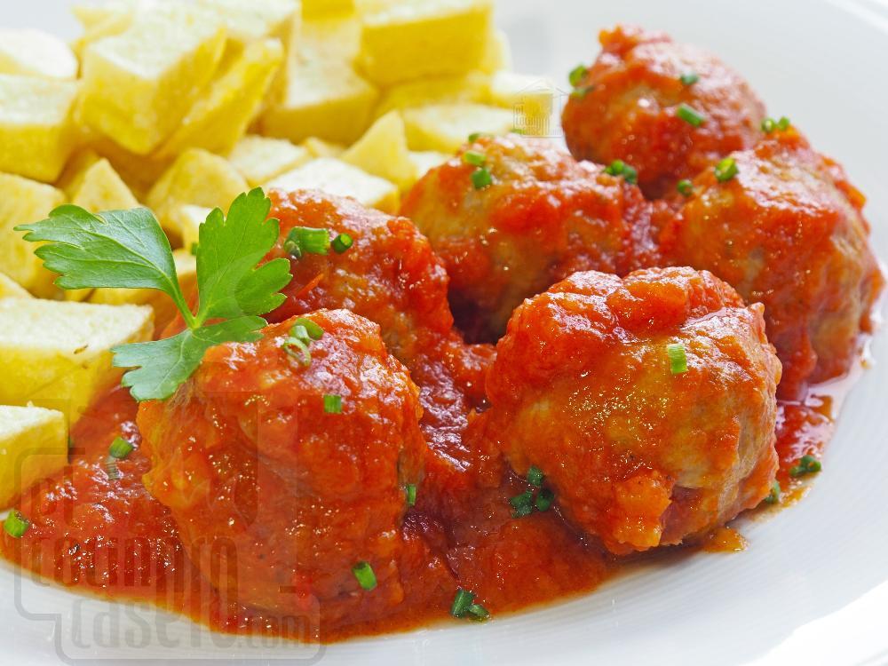 Albóndigas caseras en salsa - Paso 7