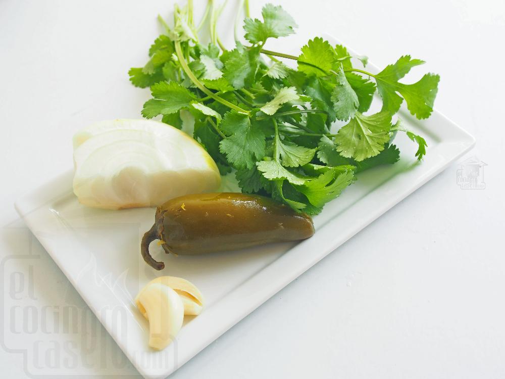 Salsa verde para tacos - Paso 2