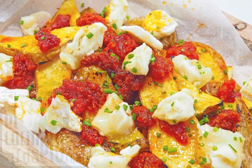 Patatas con sobrasada, queso de cabra y miel - Paso 4