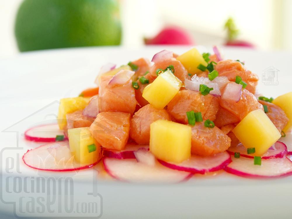 Salmón marinado en soja con mango y rabanitos - Paso 5